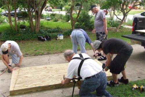 Kiwanians Build Wheelchair Ramp